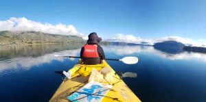 Braedene-Ebvan-Kyaking-in-New-Zealand-whilst-on-a-Gap-Year.