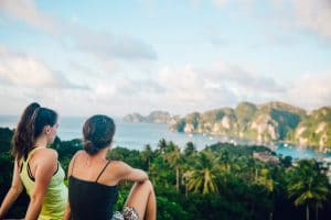 Letz Live gap students at Phi Phi Islands Thailand (1)